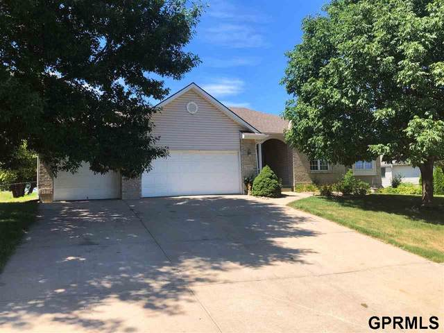 15652 Taylor Street, Omaha, NE 68116 (MLS #22018905) :: Omaha Real Estate Group