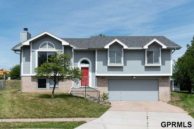 13020 Ogden Circle, Omaha, NE 68164 (MLS #22018930) :: Omaha Real Estate Group