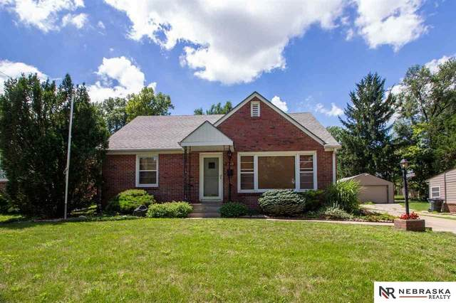 2149 S 36Th Street, Lincoln, NE 68506 (MLS #22019024) :: Omaha Real Estate Group