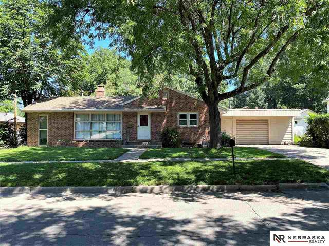 5630 Cleveland Avenue, Lincoln, NE 68507 (MLS #22019092) :: One80 Group/Berkshire Hathaway HomeServices Ambassador Real Estate