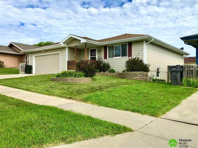 5408 W Madison Avenue, Lincoln, NE 68524 (MLS #22019095) :: One80 Group/Berkshire Hathaway HomeServices Ambassador Real Estate