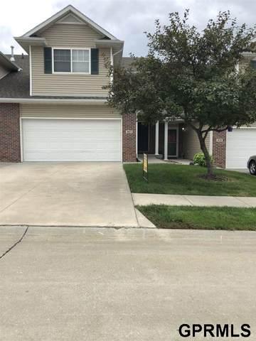 1863 N 176th Plaza, Omaha, NE 68118 (MLS #22019104) :: Omaha Real Estate Group