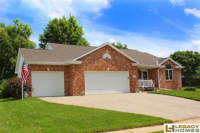 6010 S 90th Street, Lincoln, NE 68526 (MLS #22019108) :: One80 Group/Berkshire Hathaway HomeServices Ambassador Real Estate