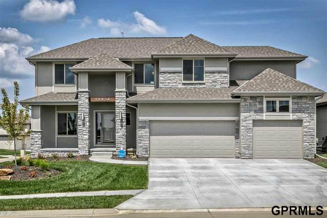 18834 Spaulding Street, Elkhorn, NE 68022 (MLS #22019119) :: Dodge County Realty Group