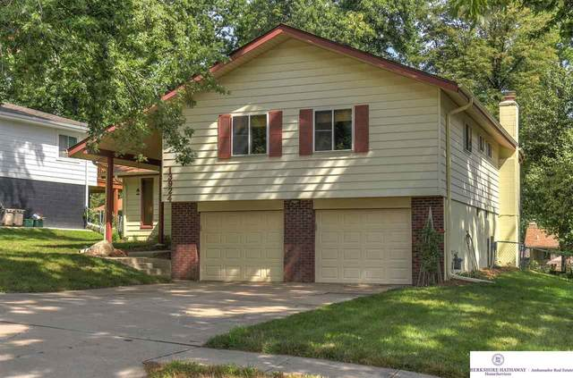13924 Y Circle, Omaha, NE 68137 (MLS #22019122) :: Omaha Real Estate Group