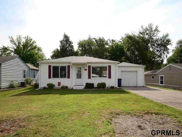 7319 S 42 Street, Bellevue, NE 68147 (MLS #22019126) :: Capital City Realty Group