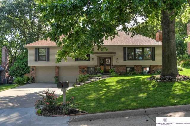 736 Leawood Drive, Omaha, NE 68154 (MLS #22019147) :: kwELITE