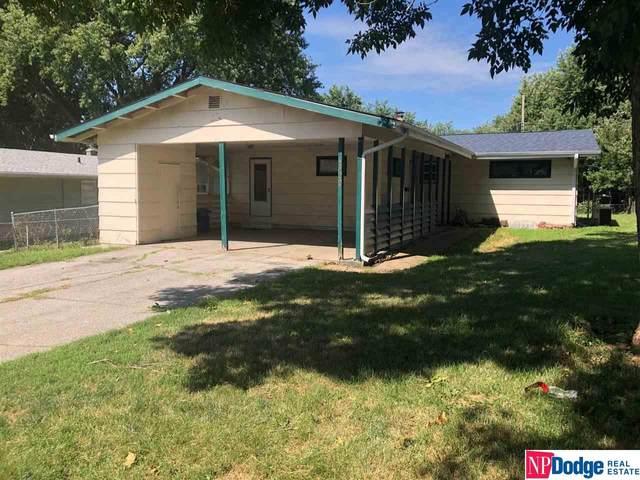 4322 N 56th Street, Omaha, NE 68104 (MLS #22019181) :: Omaha Real Estate Group