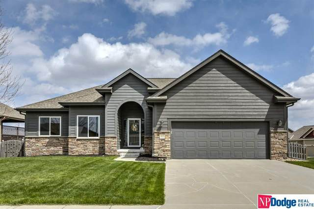 9311 S 170 Street, Omaha, NE 68136 (MLS #22019182) :: Lincoln Select Real Estate Group
