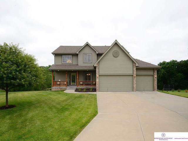839 Wedgewood Court, Plattsmouth, NE 68048 (MLS #22019196) :: The Briley Team