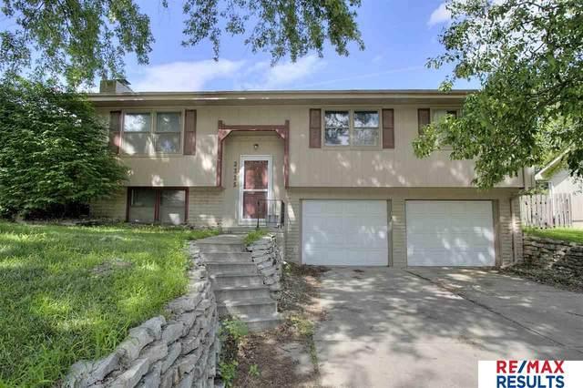 2335 N 113th Street, Omaha, NE 68164 (MLS #22019202) :: Omaha Real Estate Group