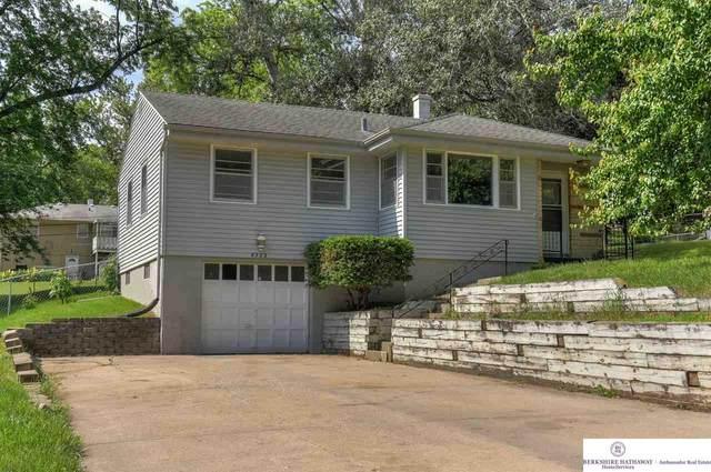 8523 Webster Street, Omaha, NE 68114 (MLS #22019242) :: One80 Group/Berkshire Hathaway HomeServices Ambassador Real Estate