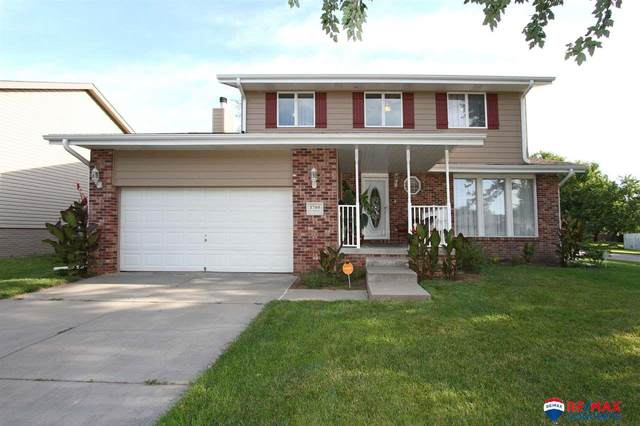 1700 W Mulberry Street, Lincoln, NE 68522 (MLS #22019273) :: One80 Group/Berkshire Hathaway HomeServices Ambassador Real Estate