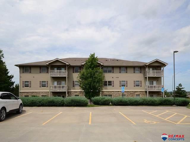 5831 Enterprise Drive #107, Lincoln, NE 68521 (MLS #22019288) :: kwELITE