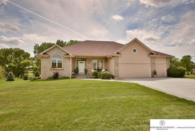 16653 Woodland Drive, Omaha, NE 68136 (MLS #22019375) :: Omaha Real Estate Group