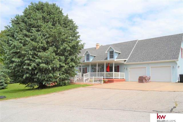 1201 Beaver Lake Boulevard, Plattsmouth, NE 68048 (MLS #22019412) :: Omaha Real Estate Group