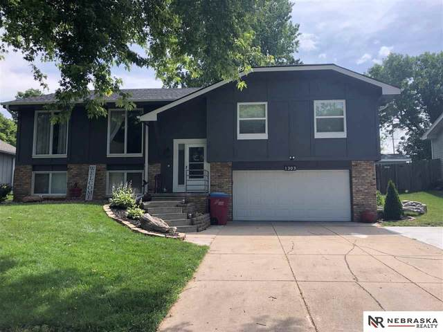 1303 Scott Road, Papillion, NE 68046 (MLS #22019434) :: Omaha Real Estate Group