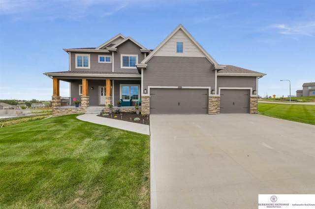 7318 N 164th Street, Bennington, NE 68007 (MLS #22019436) :: kwELITE