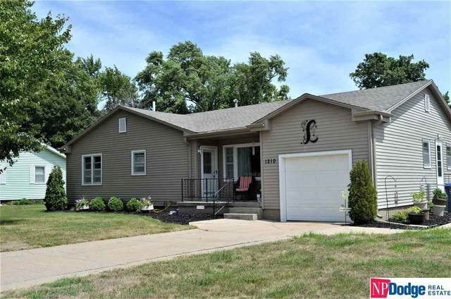 1210 N Lincoln Avenue, Fremont, NE 68025 (MLS #22019441) :: Dodge County Realty Group