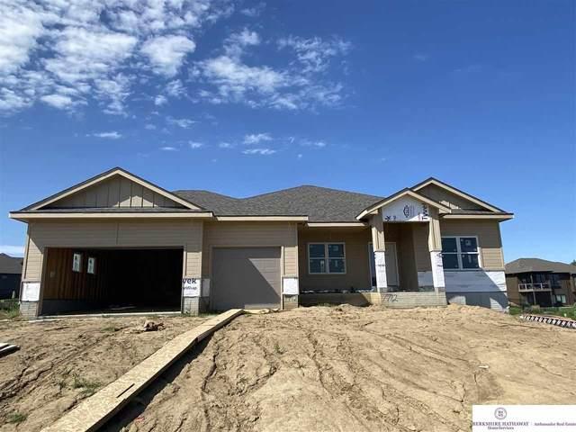 7712 Von Street, Papillion, NE 68046 (MLS #22019468) :: Dodge County Realty Group