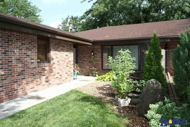 6940 Sumner Street, Lincoln, NE 68506 (MLS #22019505) :: Omaha Real Estate Group