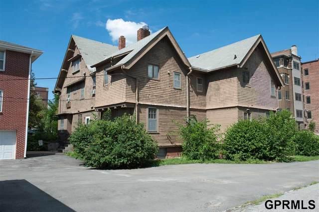 3851 Dewey Avenue, Omaha, NE 68105 (MLS #22019519) :: kwELITE