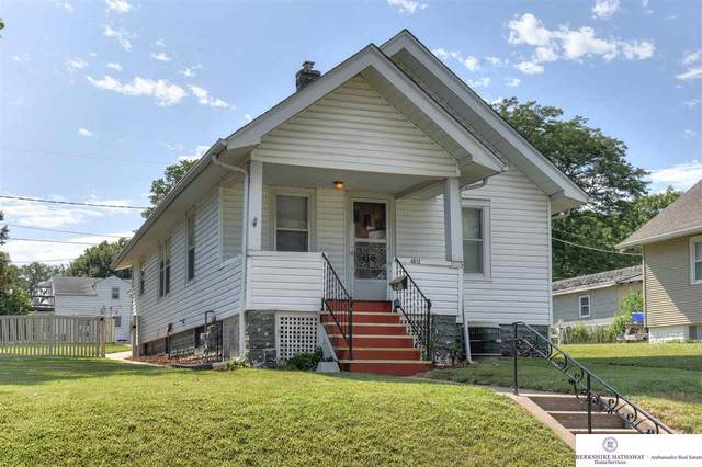 4012 S 36 Street, Omaha, NE 68107 (MLS #22019543) :: Omaha Real Estate Group