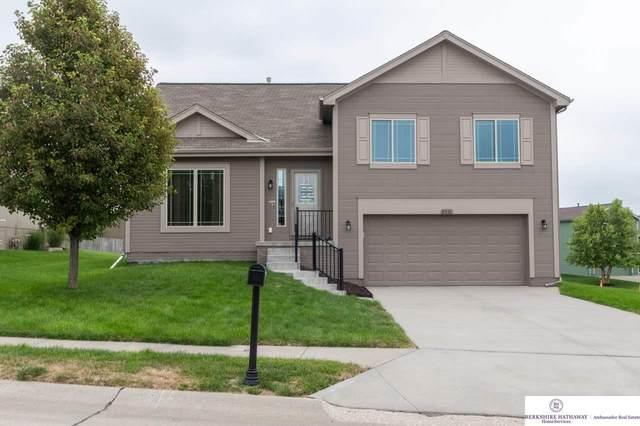 5931 S 187 Avenue Circle, Omaha, NE 68135 (MLS #22019583) :: Dodge County Realty Group