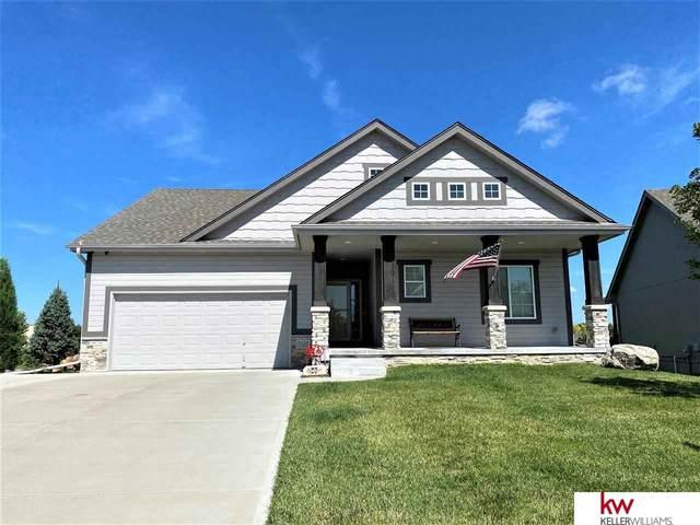 3215 N 175 Street, Omaha, NE 68116 (MLS #22019592) :: One80 Group/Berkshire Hathaway HomeServices Ambassador Real Estate