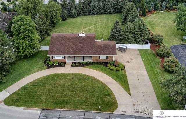 13116 Davenport Street, Omaha, NE 68154 (MLS #22019639) :: Omaha Real Estate Group