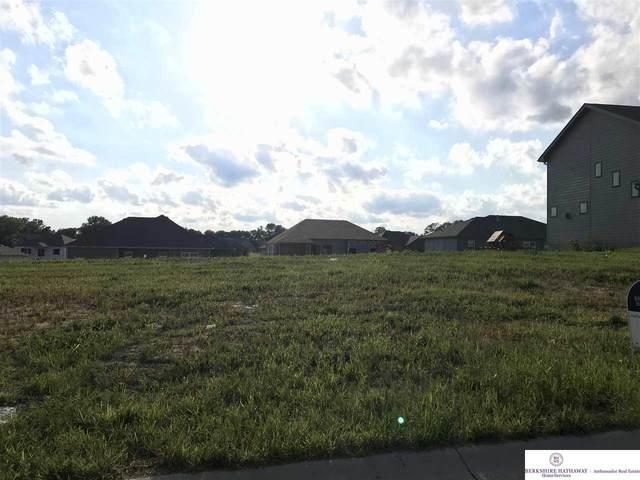 7816 S 195 Street, Gretna, NE 68028 (MLS #22019644) :: Omaha Real Estate Group