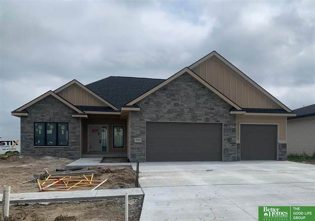 9500 Green Valley Lane, Lincoln, NE 68516 (MLS #22019672) :: The Excellence Team