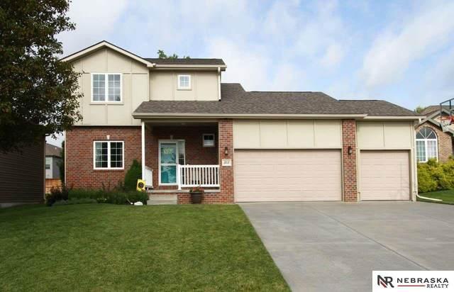 2717 N 82nd Place, Lincoln, NE 68507 (MLS #22019753) :: Stuart & Associates Real Estate Group