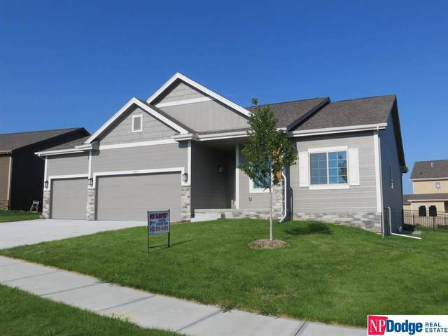 7151 N 166 Street, Omaha, NE 68007 (MLS #22019764) :: Stuart & Associates Real Estate Group