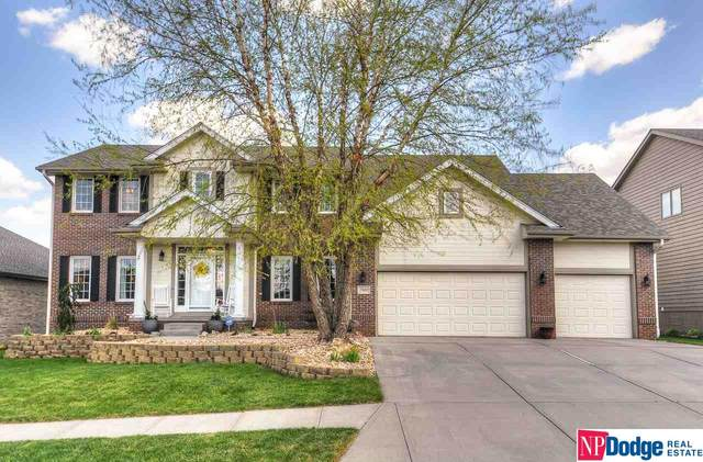 7203 N 153 Circle, Bennington, NE 68007 (MLS #22019806) :: The Excellence Team