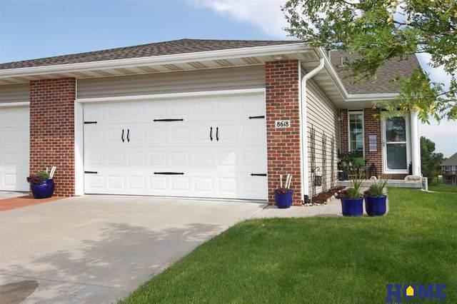 8618 Ridge Hollow Drive, Lincoln, NE 68526 (MLS #22019807) :: Stuart & Associates Real Estate Group
