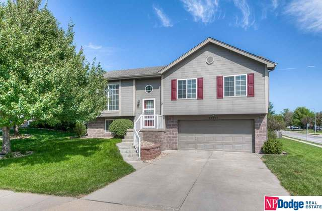 18650 Borman Street, Omaha, NE 68135 (MLS #22019817) :: The Excellence Team