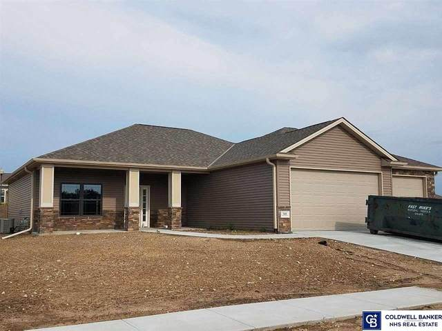 721 Terrace View Drive, Hickman, NE 68372 (MLS #22019985) :: The Homefront Team at Nebraska Realty