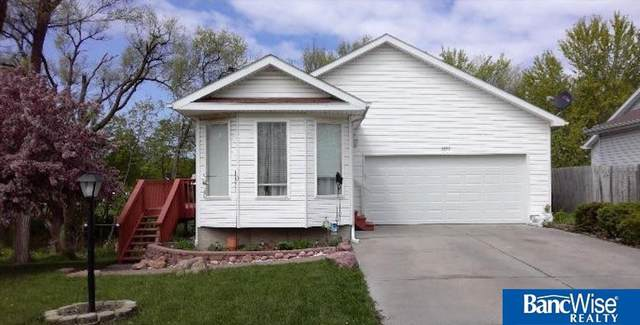 1557 SW 11th Place, Lincoln, NE 68522 (MLS #22020014) :: Dodge County Realty Group