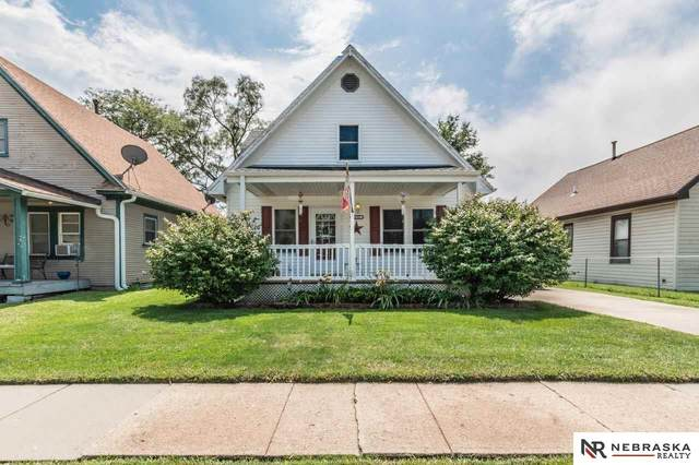 2015 2nd Avenue, Council Bluffs, IA 51501 (MLS #22020099) :: Omaha Real Estate Group