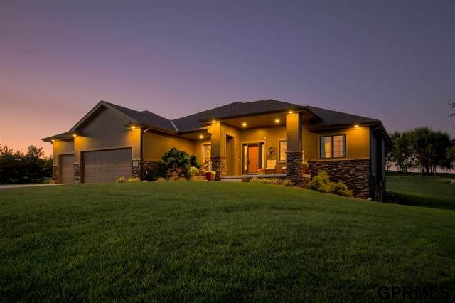22028 Ponderosa Road, Gretna, NE 68028 (MLS #22020133) :: Cindy Andrew Group