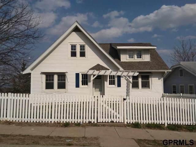6321 N 32Nd Street, Omaha, NE 68111 (MLS #22020160) :: Dodge County Realty Group