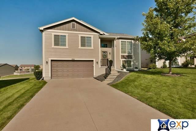 5912 S 187th Avenue Circle Circle, Omaha, NE 68135 (MLS #22020262) :: Omaha Real Estate Group