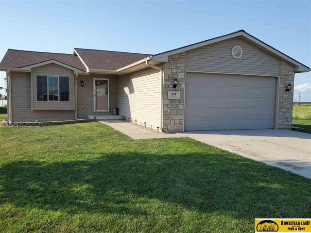 908 Sun Ridge Court, Beatrice, NE 68310 (MLS #22020319) :: The Homefront Team at Nebraska Realty