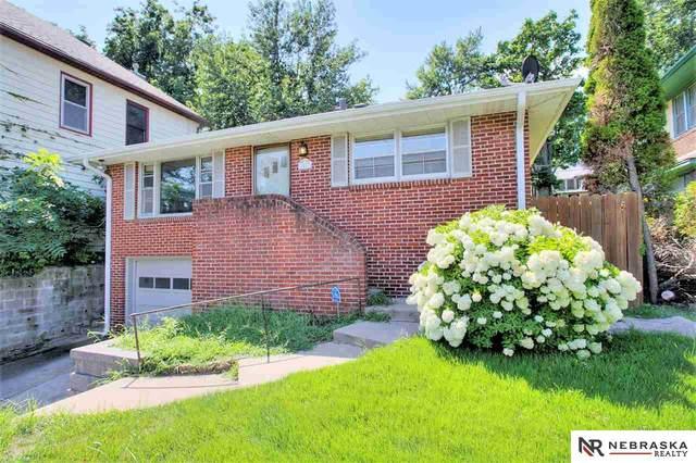 1012 S 35th Avenue, Omaha, NE 68105 (MLS #22020411) :: Dodge County Realty Group