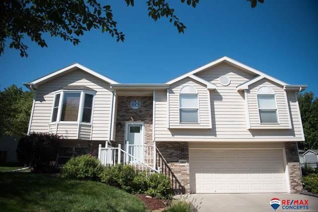 5363 NW Tudor Lane, Lincoln, NE 68521 (MLS #22020446) :: Dodge County Realty Group