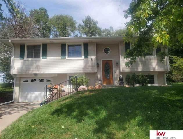 105 Laura Lane Circle, Ceresco, NE 68107 (MLS #22021045) :: Catalyst Real Estate Group