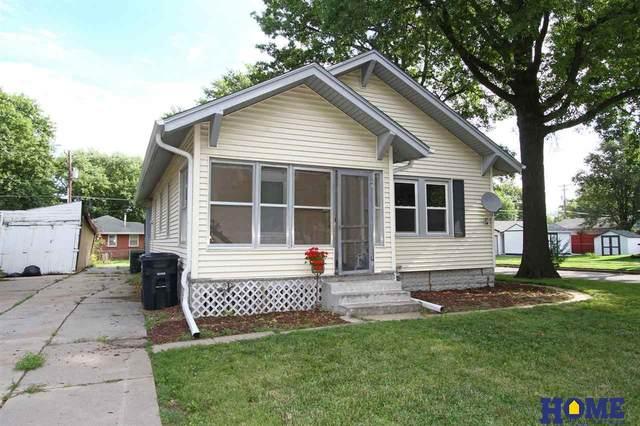 5242 Greenwood Street, Lincoln, NE 68504 (MLS #22021058) :: Capital City Realty Group