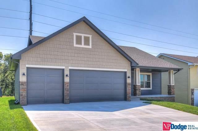 2035 Geri Circle, Bellevue, NE 68147 (MLS #22021409) :: The Homefront Team at Nebraska Realty