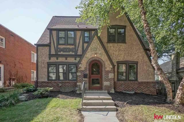 1861 Dakota Street, Lincoln, NE 68502 (MLS #22021525) :: Capital City Realty Group
